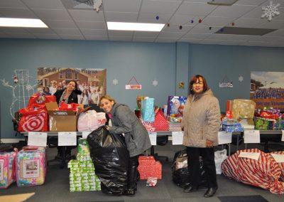 Jillian-Carroll---Holiday-Giving-4
