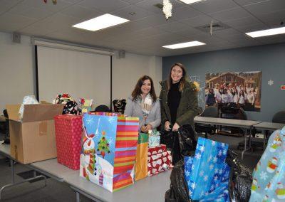 Jillian-Carroll---Holiday-Giving-6