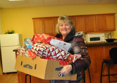 Jillian-Carroll---Holiday-Giving-8